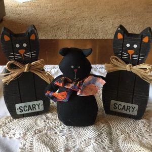 3 Black Cats!!